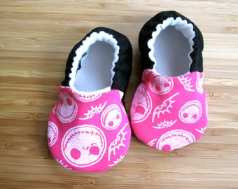 The nightmare before christmas baby clothes, Jack Skellington baby shoes, Jack Skellington shoes, vegan shoes, pink shoes, christmas shoes