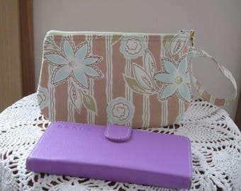 Japanese Fabric Shabby Chic Clutch Wristlet Zipper Gadget Pouch Smart Phone Bag in Flower Gate Latte