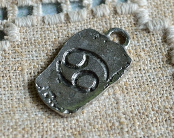 "Cancer ""The Crab"" Zodiac Astrology Sign of June July Pewter Ancient Pendant"