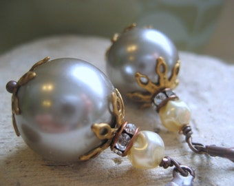 Shades of Grey pearl earrings, vintage rhinestone and glass pearl bridal earrings, bridesmaids jewelry