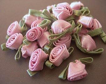 Miniature Vintage Pink Silk Ribbon ROSEBUDS with Green Leaves hand stitched lot of 24 roses