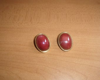 vintage clip on earrings goldtone red irridescent glass