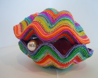 The Well Dressed Oyster-Storytelling Beaded Creation