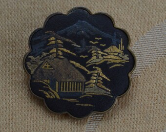 Damascene Japanese Pagoda Scene Brooch, Black, Gold, Vintage, Japan (Q13)