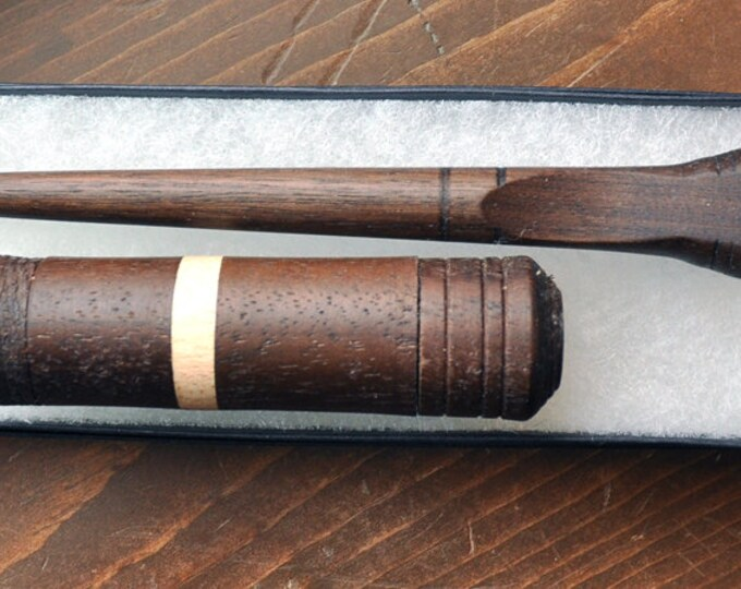Walnut stitch lay helper tool with walnut/maple wood needle case set