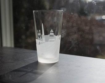 Washington D.C.  Skyline Silhouette Pint Glasses