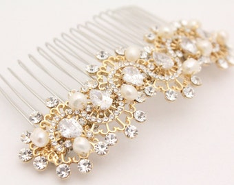 Gold Hair comb for Bridesmaid hair piece Pearl hair piece Gold hair comb Wedding hair clip Boho bridal headpiece Gold bridal hair clip pearl
