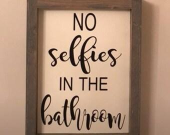 No selfies sign