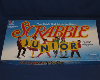 SCRABBLE JUNIOR 1997 Great Educational Game