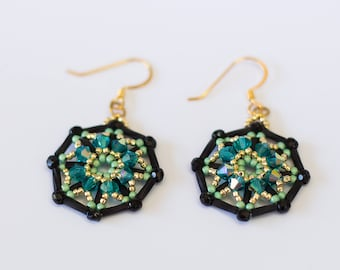 Beading pattern instructions, beadwoven tutorials, beading tutorials and patterns, beaded earrings patterns, DIY jewelry, earring tutorial