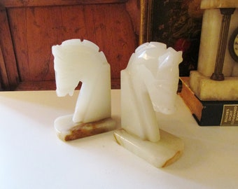 Vintage Alabaster Horsehead Bookends, Horse Bust, Equestrian Decor, Library Decor, Carved Marble Bookends, Bookshelf Decor
