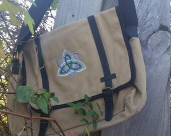 Celtic Heart Knotwork Messenger Bag