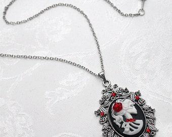 Gothic Lolita LADY SKELETON CAMEO Skull Pendant Necklace Black Silver Rose D44