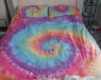 Rainbow tie dye bedding