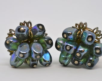Beautiful Vintage Signed Robert Iridescent Blue Green Barrel Beaded Clip On Earrings