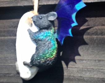 Magical colour changing fairy hagstone mouse.....bat?