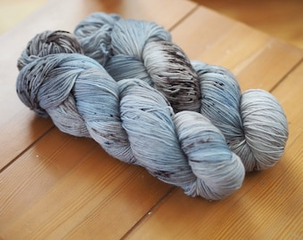 Southern Quahog Silver Grey Taupe Brown Black Speckled Hand Dyed Yarn // Superwash Merino and Nylon Sock Fingering Weight Yarn