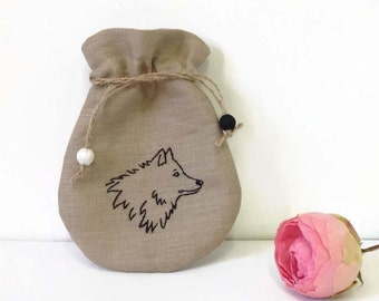 Drawstring Bag, Gift Bag, Favor Bag, Embroidered Wolf Bag, Personalized bag, Linen Drawstring Pouch, Beige Jewelry Bag, Bags and purse,