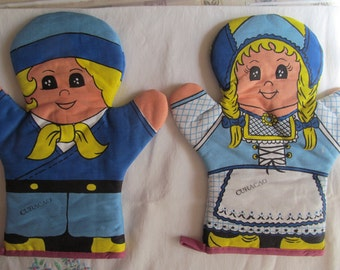 Oven Mitts - Potholder  Blue Yellow and White , NIP  Girl and Boy Curacao
