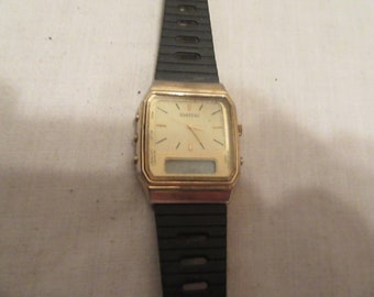 vintage women dual time Chateau suiss watch....