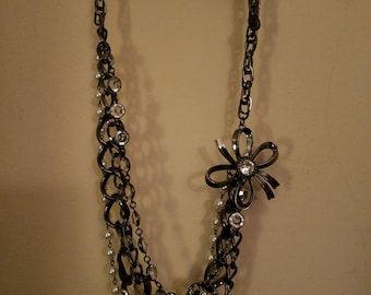 Layered Bow Necklace