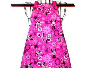 Childs Apron Minnie Mouse Kids Ages 3 -8 Reversible Adjustable