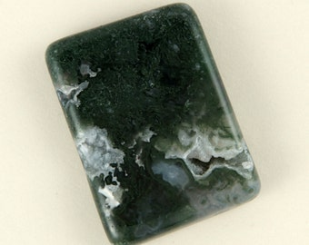 Moss Agate with small druzy windows - 35mmx25mm
