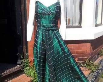 SALE Stunning 1940s green taffeta evening gown with matching belt