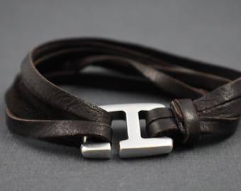 """Bracelet 8"""" Multiple strings brown deerskin"""