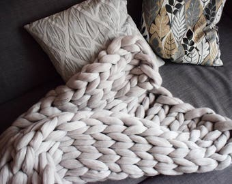 Handmade Merino wool blanket giant wool, sofa, bed, children, hypoallergenic wool, design, Nordic style, cloudywooldesign