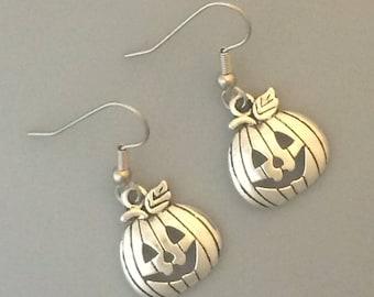 Jack O'Lantern Earrings - Halloween Earrings - Antique Silver Pumpkin Earrings - Halloween Jewelry - Pumpkin Earrings - Halloween Costume