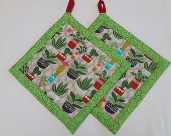 Cactus Potholders set of 2, Quilted Fabric Hotpads Set of 2, Unique Handmade Potholder Set