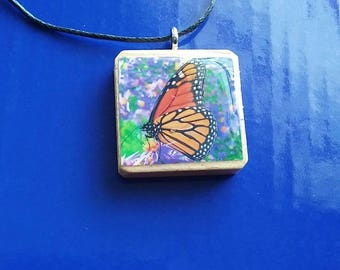 beautiful monarch  butterfly necklace