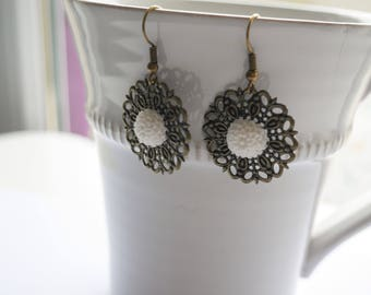 Prints and white flower earrings