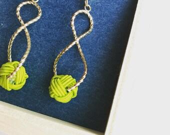 Mizuhiki knots earrings