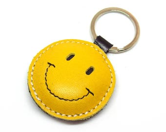 Smiley Face / Happy Face Yellow Leather Keychain - FREE Shipping Worldwide - Happy Leather Keychain Emoticon Keychain Gift Ideas