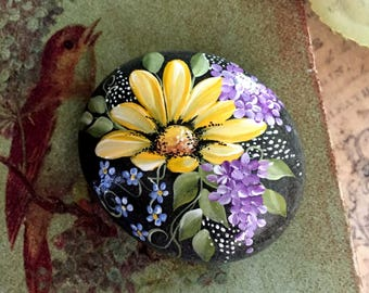 Painted Rock, California Beach Rock , Paperweight, Daisy Rock
