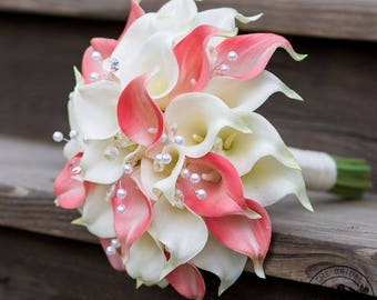 Calla lily wedding bouquet, calla lilly bouquet, coral and ivory wedding bouquet, bridal bouquet with crystals and pearls, silk bouquet