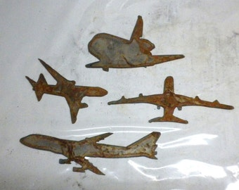 Lot Set of 4 Airplane Shapes 3 inch Rusty Vintage Antique-y Metal Steel Wall Art Ornament Craft Stencil