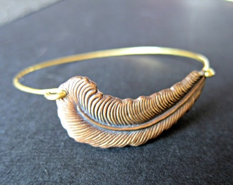 Brass Feather Bangle, gold bangle, bird jewelry, stackable bangle, metal feather bracelet, bird lover, hammered bangle, metal bangle