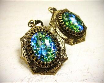 Teal Green Renaissance Earrings, Antiqued Silver Jewel Earrings, Tudor Earrings, Renaissance Wedding, SCA Garb, Medieval, MedCol