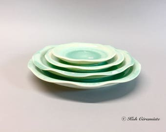 Green porcelain plate