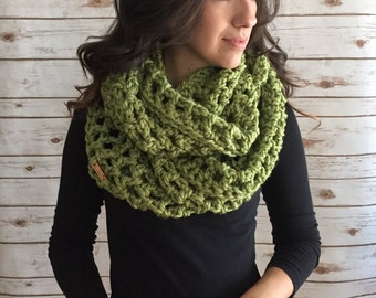 Chunky Oversized Infinity Scarf,  Wool Blend Circle Scarf, Fashion Accessories
