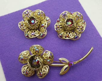 Sarah Coventry Fashion Flower Brooch and large Clip earrings 1961 mint condition