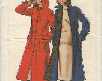 Sewing pattern Style 2044 Unlined coat with pointed collar or hood raglan sleeves button front back pleat Size 14 (uncut)