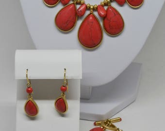 Gorgeous Gold tone and Pink Set  ~ Necklace, Earrings and Bracelet