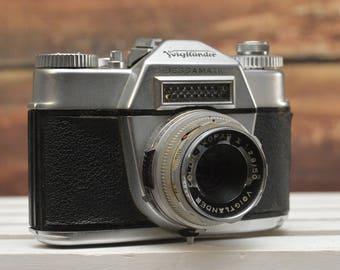 Vintage Voigtlander Bessamatic 35mm film camera