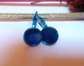 2 blue metal sleepers