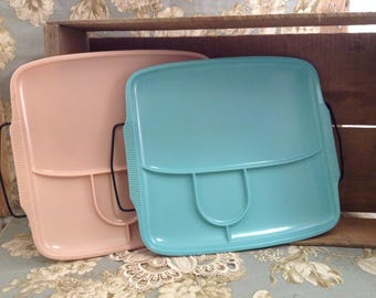 Set of 2 Vintage  Handiware Arm Chair TV Trays pink and blue