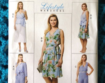 Butterick 6568, Misses Top, Sash, Jumpsuit And Skirt, Cropped Pants, Tie Front Top, Lifestyle Wardrobe, New uncut sewing pattern